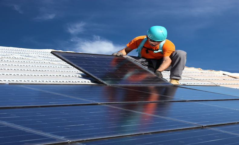 How to Explain Solar Panel Installation to Your Boss