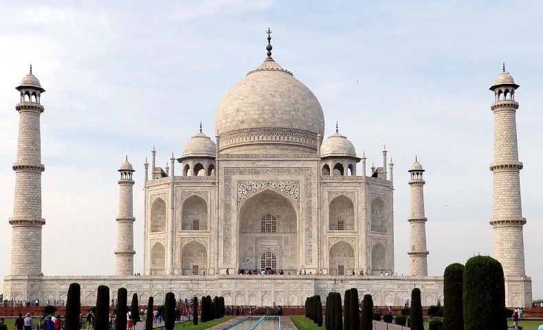 Taj Mahal, Agra solar